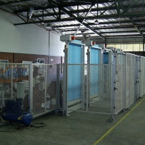 Mesh partition screens
